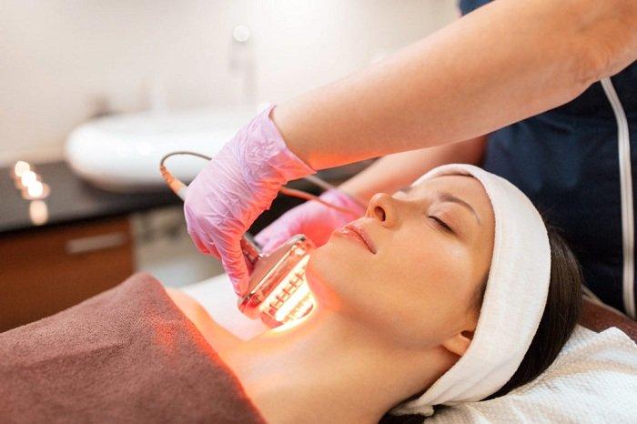 Đèn hồng ngoại còn được ứng dụng trong ngành thẩm mỹ, spa