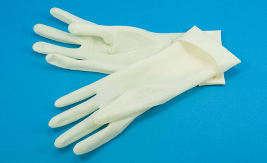 Găng tay y tế không bột được ứng dụng cao hơn trong các ngành y tế, khám chữa bệnh, thực phẩm